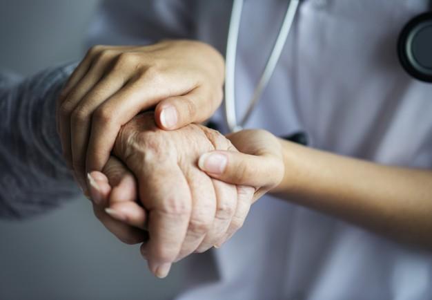 Hạnh ngộ, tri ân bác sỹ của bệnh nhân ngộ độc nấm