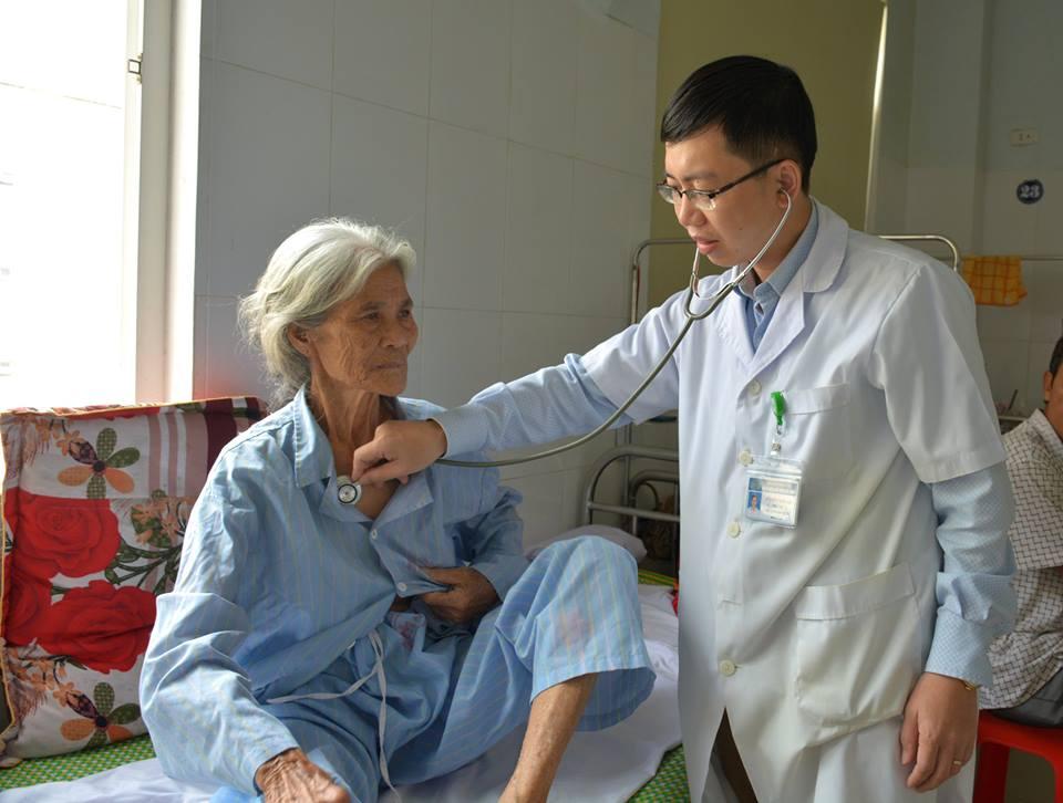 Kỳ tích: Bệnh nhân 84 tuổi đã ngừng tim ngoại viện được cứu sống